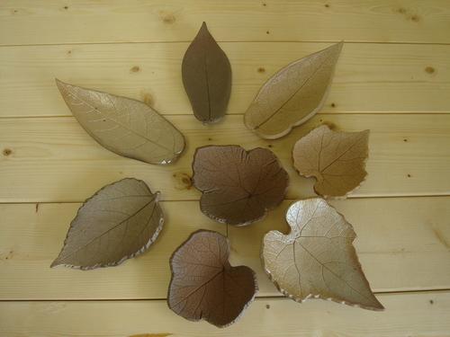 13 木の葉のお皿(大)