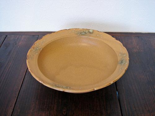 77 イラボ輪花鉢